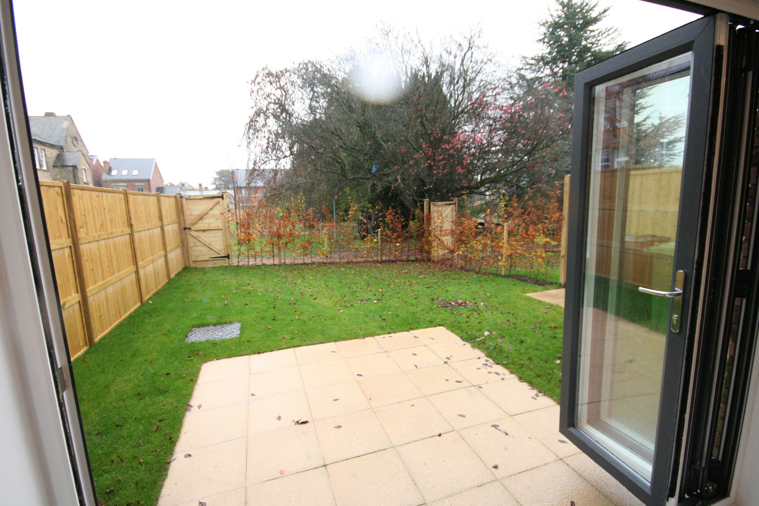 Mellor close otley property for rent for 1750 high shower door